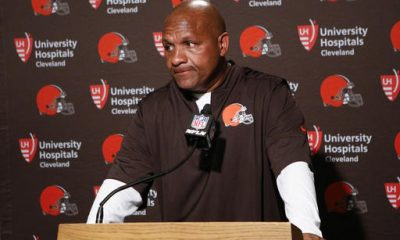 CINCINNATI -- Hue Jackson saw another quarterback leave the field with a serious injury. He saw his defense humiliated on the ground and through the air. He saw the clock ticking down toward an 0-7 start to open his career as Browns coach.