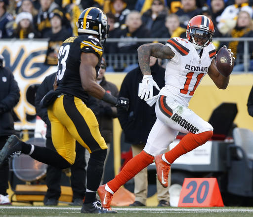 BEREA -- Terrelle Pryor's agents stopped contract negotiations with the Browns for the final several weeks of the season. With the last game played and Pryor over 1