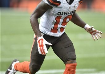 BEREA -- Rookie receiver Corey Coleman broke out Sunday with five catches for 104 yards and two touchdowns.