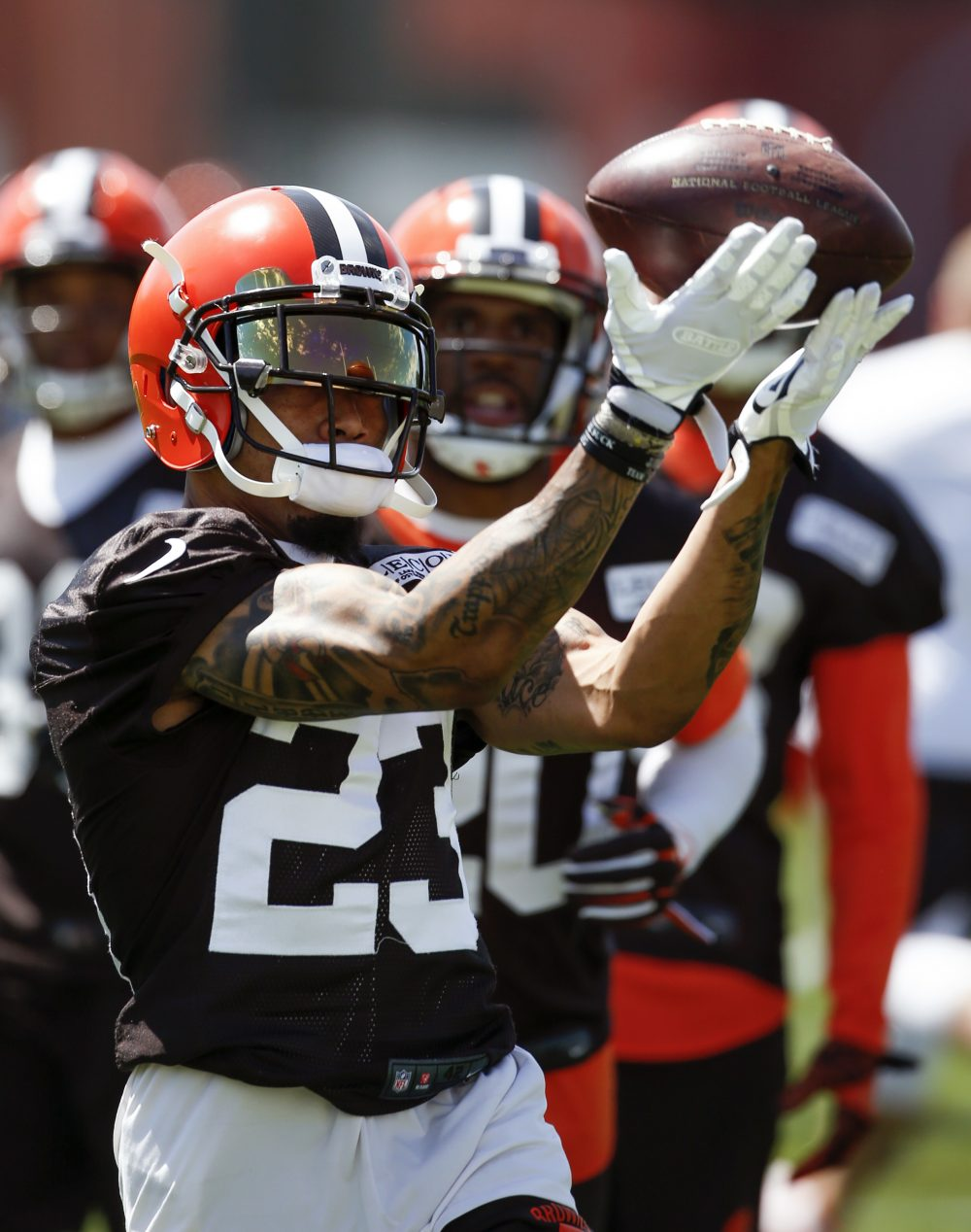 Joe Haden quickly signs with Steelers after Browns cut him will