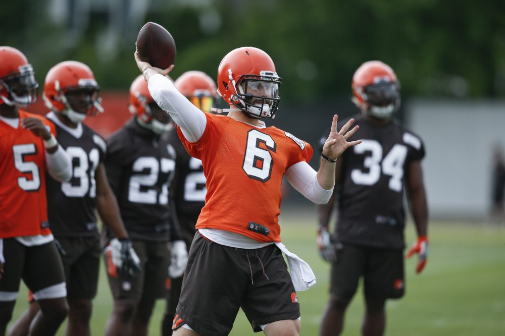 No 1 Pick Baker Mayfield Moves Up To 2 In Qb Rotation But Isn 150 One Electronics Projects Kit More Mailbag Monday Youtube Or Complicated Defenses Testing His Knowledge Of The Offense Passing Windows That Close Blink An Eye