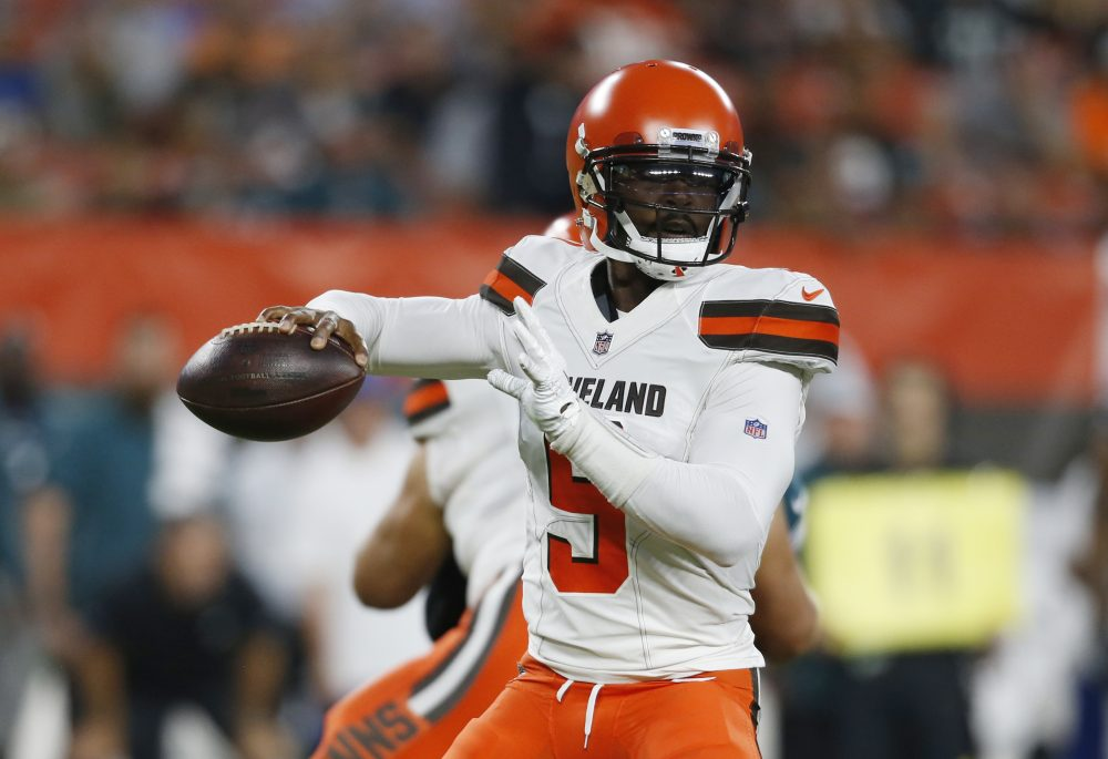 "f433c630 Browns 5, Eagles 0: Hue Jackson ""confident"" Tyrod Taylor will be OK ..."